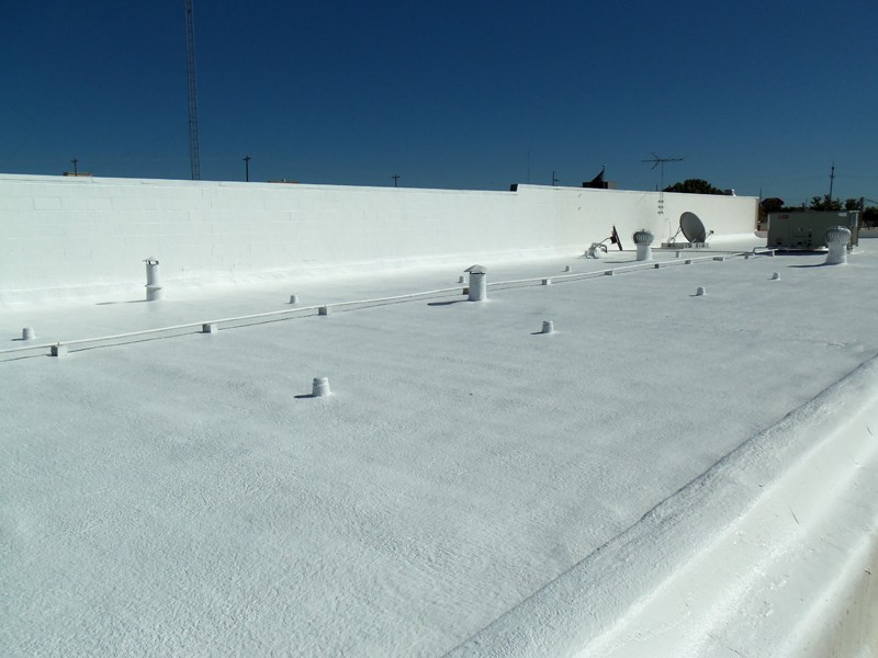 Commercial Roofing Sprayed Polyurethane Foam